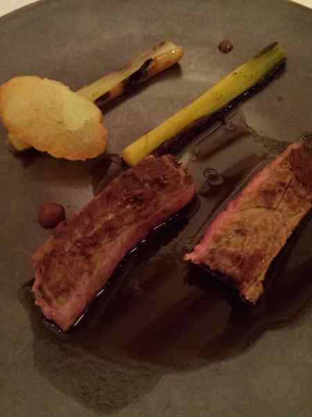 Carne a la Bordelaise (molho da região a base de vinho tinto)