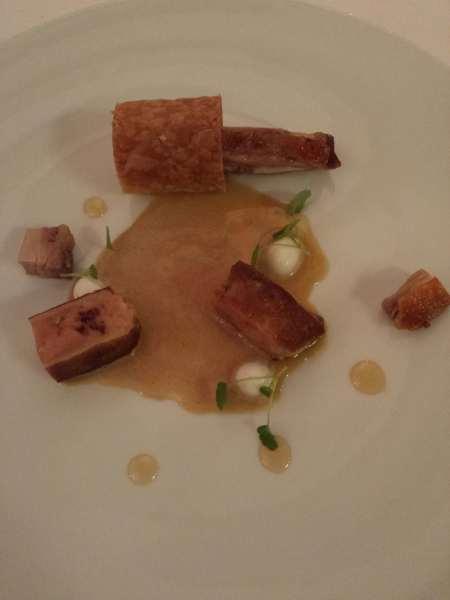 Entrada, foie gras e ave
