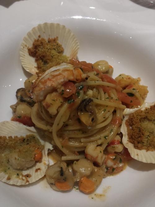 Macarrão com frutos do mar do Bistrot de Venise. Imperdível!