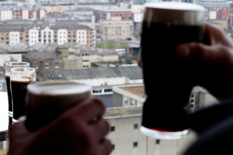 Cerveja Guiness é uma instituição en Dublin