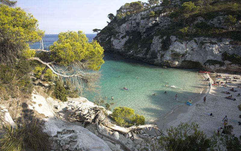 Praia de Mitjna em Menorca