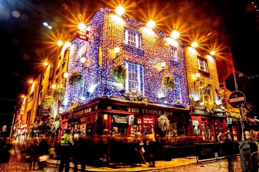 Um dos famosos pubs de Dublin, o The Temple Bar Pub