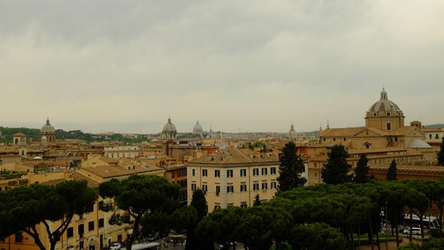 Vista de Roma do terraço do Complesso dei Vittoriano