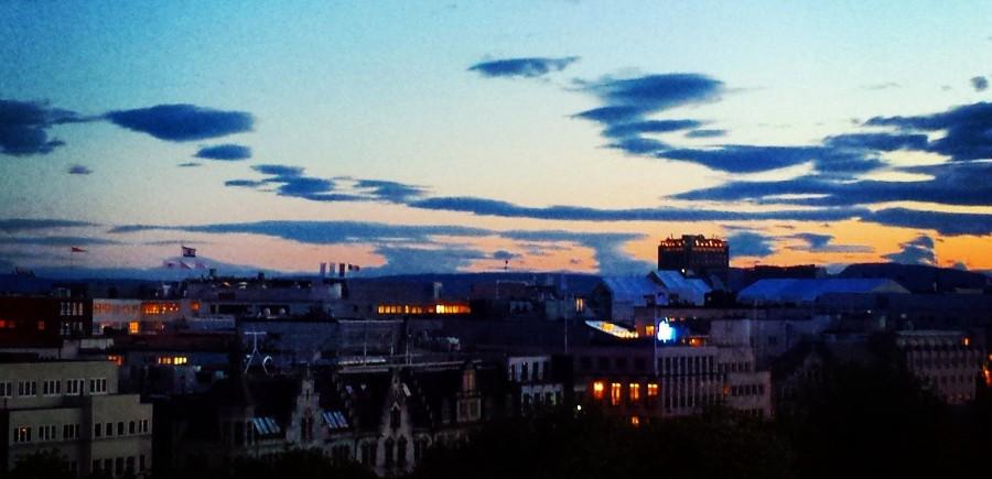Por do sol em Oslo às 23h30